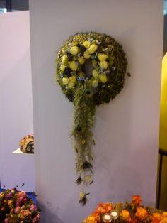 FLORA Flora, Wreaths, Halloween, Home Decor, Homemade Home Decor, Door Wreaths, Deco Mesh Wreaths, Garlands, Halloween Labels