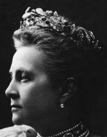 Tiara Mania: Queen Olga of Greece's Ruby Olive Wreath Tiara