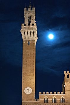 """A winter night in Siena"" - Torre del Mangia < Explore > 