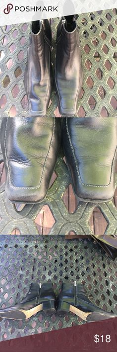 Anne Klein leather zip up booties These boots have some wear as seen in the photos but are still in fairly good condition. Anne Klein Shoes Ankle Boots & Booties