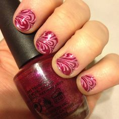 Swirly manicure :) DIY