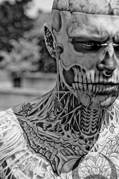 Zombie Boy Rick Genest / He's like 100 times hotter with the face tattoos Rick Genest, Weird Tattoos, Body Art Tattoos, Tatoos, Sweet Tattoos, Boy Tattoos, Badass Tattoos, Amazing Tattoos, Tattoo Ink