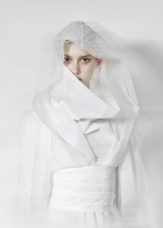 "verbnoun: "" (via visual optimism; fashion editorials, shows, campaigns & more!: a new perspective: gareth pugh a/w "" White Feed, All White, Snow White, Pure White, Star Wars Padme, Gareth Pugh, Shades Of White, Character Aesthetic, Elegant"