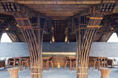 Naman Retreat Beach Bar,© Hiroyuki Oki