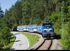 Net Photo: CD - Ceske Drahy 210 at Certova Stena, Czech Republic by Dalibor Palko Europe Train, Rail Transport, Real Model, Steam Engine, Cherries, Czech Republic, Locomotive, Transportation, World