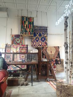 We need a space like this retail space in New York which I think is called Love Adorned. www.maudinteriors.com