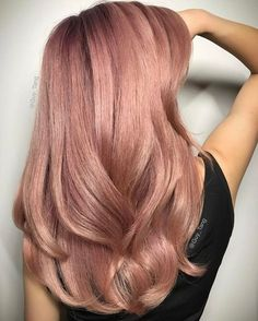 35 Charming Rose Gold Hair Colors - Page 27 of 35 - LoveIn Home - 35 Charming Rose Gold Hair Colors Rose gold hair,hair colors,hairstyle ideas. Ombré Hair, New Hair, Cabelo Rose Gold, Rose Gold Hair Blonde, Black Hair, Blonde Ombre, Rose Gold Bayalage, Dusty Rose Hair, Rose Hair Color