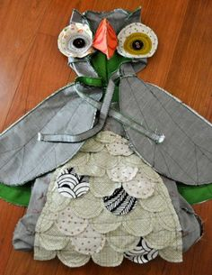 crazy owl costume tutorial - maybe mom can make for Eva for Halloween? Diy Halloween, Halloween Costumes, Happy Halloween, Sewing For Kids, Diy For Kids, Easy Sewing Projects, Sewing Crafts, Owl Sewing, Crazy Owl