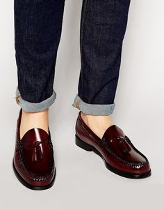 Men Suit Shoes, Mens Loafers Shoes, Loafers Outfit, Tassel Loafers, Loafers For Women, Loafer Shoes, Preppy Mens Fashion, Mens Fashion Shoes, Men's Fashion