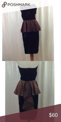 1570a3c331b Vintage Brown velvet peplum tube dress Brown peplum dress Pit to pit 15  Waist 24 Length 32 Best fits xs s Vintage Dresses Strapless