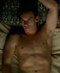 The Tudors Jonathan Rhys Meyers, Dear John, Shirtless Men, See On Tv, Guy Pictures, Tom Hardy, Muscle Men, Tudor, Hot Guys