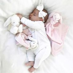 ♡ Kids & Baby Inspiration♡ on We Heart It Baby Kind, Cute Baby Girl, Baby Love, Little Babies, Cute Babies, Funny Babies, Foto Baby, Cute Baby Pictures, Simple Pictures