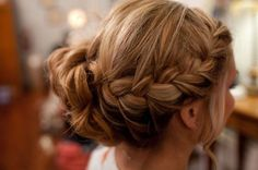 Try these Braided bun hairstyles perfect for any casual short dress or long flowing maxi gown dress. Check out braid hair bun hairstyle step by step.