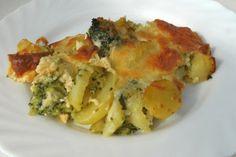 Ein toller Broccoli Kartoffel Auflauf ist gesund und schmeckt. Mit Eier und Sahne wird dieses Rezept zum Hauptgenuß.