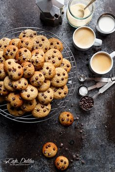 Mini Chocolate Chip Greek Yogurt Cookies that WON'T put a dent in your diet! Only 23 calories per cookie or Weight Watchers 1 sp EACH! Tea Cakes, Mini Chocolate Chips, Chocolate Chip Cookies, Chocolate Cafe, Mini Cookies, Greek Yogurt Cookies, Greek Yoghurt, Cookie Recipes, Gastronomia