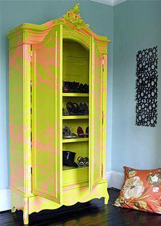 Bright yellow Graffiti Wardrobe, I swoon!- Bright yellow Graffiti Wardrobe, I swoon! Bright yellow Graffiti Wardrobe, I swoon! Decor, Art Furniture, Funky Furniture, Painted Furniture, Furniture Decor, Graffiti Furniture, Interior Design, Home Decor, Classic Furniture