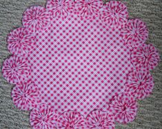 luxury cars - Items similar to 12 Pretty Pink and White Gingham Yo Yo Doily on Etsy Cloth Flowers, Lace Flowers, Fabric Flowers, Yo Yo Quilt, Diy Hair Accessories, Flower Brooch, Brooch Pin, Crochet Doilies, Flower Making