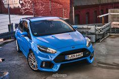 Ford Focus RS, blau, Front    softgarage, car cover  https://www.softgarage.de/