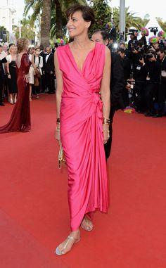 Ines de la Fressange, es un icono de la moda francesa, pero aunque estes comoda en chatitas,para una premiere te pones los pumps, Cannes 2012