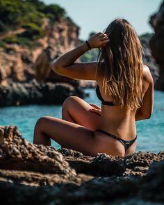 sand under my feet wind in my hair salt on my skin 🌞 . Mallorca Beaches, Bali, Thailand, Wind In My Hair, Tropical Beaches, Strong Women, Strand, Fitness, Bikinis