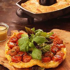 Weber Barbecue, Pizza, Bruschetta, Pain, Ethnic Recipes, Food, Tomato Pie, Cherry Tomatoes, Recipe