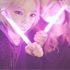 少女時代 テヨン、コンサートを終えてティファニーとのツーショット公開「また幸せな気持ちになりました」 - ENTERTAINMENT - 韓流・韓国芸能ニュースはKstyle