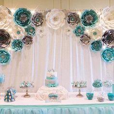 Картинки по запросу decoracion cumpleaños con beigas y flores de papel