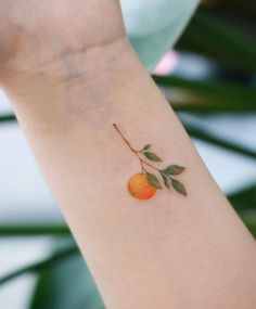 60 Cute And Small Tattoos for Girls - Game of Spoons