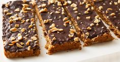 Keep this tasty peanut butter slice on hand to ward away a snack attack.Keep this tasty peanut butter slice on hand to ward away a snack attack. Chocolate Slice, Chocolate Topping, Chocolate Treats, Chocolate Recipes, Caramel Recipes, Peanut Butter Slice, Healthy Peanut Butter, Cheesecake Toppings, Cheesecake Bites