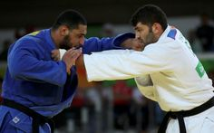 2016 Rio Olympics - Judo - Preliminary - Men kg Elimination Rounds - Carioca Arena 2 - Rio de Janeiro, Brazil - Or Sasson (ISR) of Israel and Islam El Shehaby (EGY) of Egypt compete. Us Olympics, Rio Olympics 2016, Summer Olympics, Olympic Judo, Olympic Games, Olympic Committee, News Around The World, Important News, Shake Hands