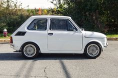 Bid for the chance to own a 1991 Fiat at auction with Bring a Trailer, the home of the best vintage and classic cars online. Fiat 126, Volkswagen, Fiat Cars, Custom Muscle Cars, Morris Minor, Cute Cars, Small Cars, Classic Cars Online, American Muscle Cars