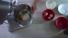 PAN DI SPAGNA #ricetta semplice Pudding, Desserts, Food, Tailgate Desserts, Puddings, Dessert, Postres, Deserts, Meals