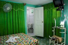 Detalle e una de las habitaciones. Cienfuegos, Colonial, Curtains, Home Decor, Blinds, Decoration Home, Room Decor, Draping, Home Interior Design