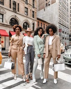 Mode Outfits, Fashion Outfits, Fashion Trends, Style Fashion, Black Fashion Bloggers, Classy Fashion, Party Fashion, Fashion Ideas, Fashion Jewelry