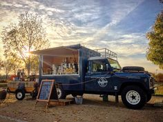 A living made with the aid of your can't be all bad. Land Rover Defender 130, Defender Camper, Coffee Food Truck, Catering Van, Coffee Carts, Coffee Shop, Mobile Catering, Food Vans, Jeep Camping
