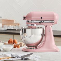 Pink Kitchenaid Mixer, Kitchenaid Artisan Mixer, Stand Mixer Reviews, Cottage Kitchen Cabinets, Turkey Burger Recipes, Head Stand, Kitchen Aid Mixer, Pink Kitchen Appliances, Kitchen Utensils
