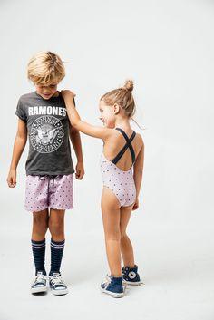 bañadores para niños to the moon.  A la venta en www. tothemoon.es