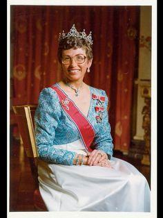 PRINSESSE ASTRID I 1972: Kong Olavs yngste datter prinsesse Astrid foreviget på sin 40-års dag 12. februar 1972. Fra 1954 til 1968 var hun Norges førstedame etter kronprinsesse Märthas død. – Jeg tror ikke far syntes det var så lett å overta etter kong Haakon. Han snakket aldri om det, men jeg merket det fordi vi bodde sammen og var sammen hver dag, blir hun sitert på i «Med våre egne ord». FOTO: SJØWALL / FRA «MED VÅRE EGNE ORD»