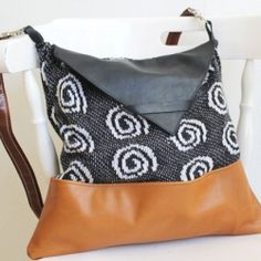 Upcycle your old sweaters and turn them into a cute winter bag!