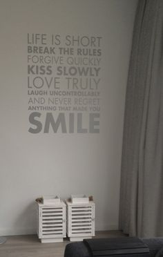 Muurstickers on pinterest live laugh love nice quotes and small things - Eigentijdse woonkamer deco ...