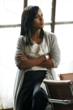 Giorgio Armani Blouse & DKNY Cardigan worn by Olivia Pope (Kerry Washington) on Scandal, season episode Business Outfits Women, Office Outfits Women, Business Women, Office Dresses, Business Attire, Business Style, Business Formal, Business Casual, Olivia Pope Outfits
