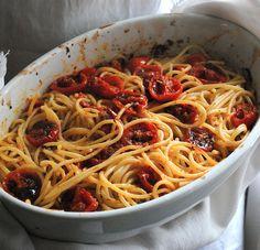Spaghetti with Sunried Tomatoes - I Love Italian Food