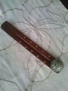 Incensario de maderacon organite mágicosemicirculo por ORGONITHEKA, €10.00 #Orgonite #Buddha #Cone #Cross life #Pyramid #Pendant #Ankh #Magic