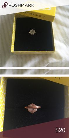 Kendra Scott Ring Gray sparkly Kendra Scott Ring. Does show signs of wear (turning on backside) size 6. Had to re list because of buyer cancellation! Kendra Scott Jewelry Rings