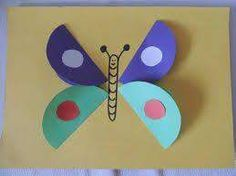 40 Cute DIY Paper Crafts for Kids to Preserve as Keepsakes Small and simple butterfly made using colorful marble papers Animal Crafts For Kids, Paper Crafts For Kids, Preschool Crafts, Diy Paper, Projects For Kids, Paper Crafting, Diy For Kids, Easy Crafts, Diy And Crafts
