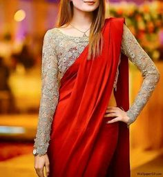 As the wedding season is going on, plain sarees are in trend nowadays, get the Blouse Designs To Wear With Plain Sarees and look simple and elegant. Fancy Blouse Designs, Sari Blouse Designs, Blouse Patterns, Saree Jacket Designs Latest, Skirt Patterns, Coat Patterns, Sewing Patterns, Trendy Sarees, Stylish Sarees