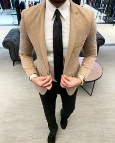 By Begmenov Beige Slim Fit Blazer Beige Blazer Outfit, Blazer Outfits, Blazers For Men, Colored Blazer, Stylish Men, Menswear, Mens Fashion, Fashion Trends, Formal Outfits