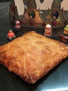 Véritable galette des rois sans gluten avec un vrai feuilletage et une délicieuse frangipane sur toutpareiletsansgluten