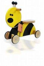 """Deze Sit'n Ride houten loopfiets Bij met 4 wielen van het merk Gepetto.  """"Kies je voor Gepetto, dan kies je voor kwaliteit"""""""
