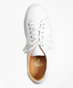 new product c1c49 6a278 The perfect white sneaker for summer. Zapatillas De Deporte De Cuero,  Zapatos Deportivos,